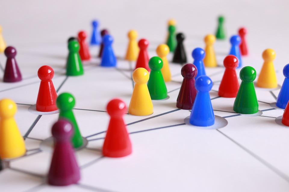 Pasos para crear un espacio armónico y positivo en tu comunidad de vecinos